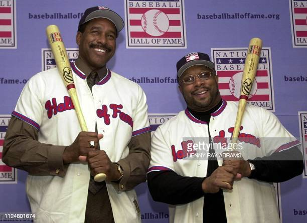 Minnesota Twins' teammates Dave Winfield and Kirby Puckett are introduced as the newest members of the Baseball Hall of Fame during a press...