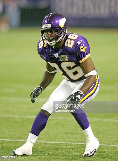 Minnesota Vikings cornerback Antoine Winfield during a game against the San Diego Chargers on August 26 2005 in the Metrodome in Minneapolis...