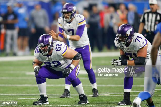 Minnesota Vikings guard Nick Easton and Minnesota Vikings tackle Riley Reiff wait for the play during game action between the Minnesota Vikings and...