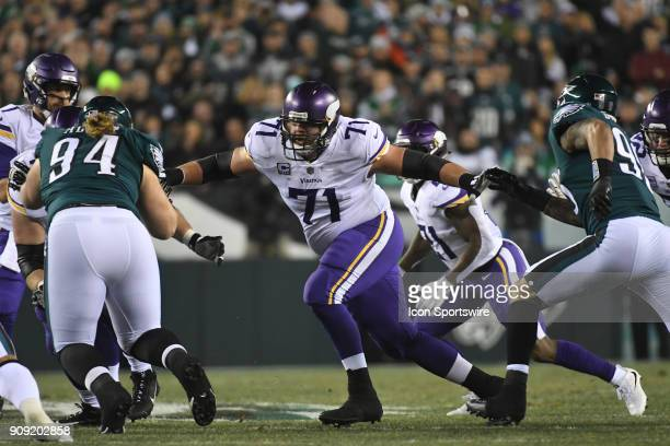 Minnesota Vikings offensive tackle Riley Reiff sets up to block during the NFC Championship game between the Philadelphia Eagles and the Minnesota...