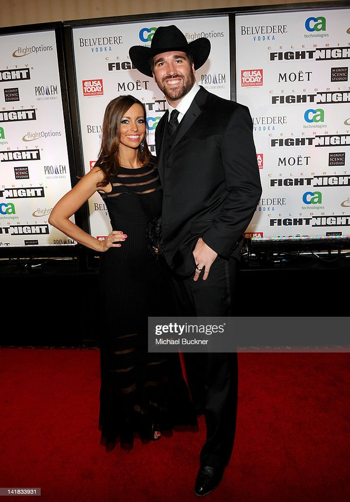 Muhammad Alis Celebrity Fight Night XVIII Red Carpet Photos and