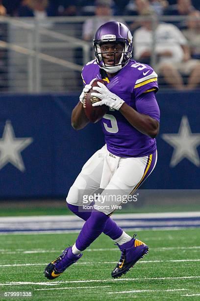 Minnesota Vikings quarterback Teddy Bridgewater drops back for a pass during the NFL preseason game between the Minnesota Vikings and the Dallas...