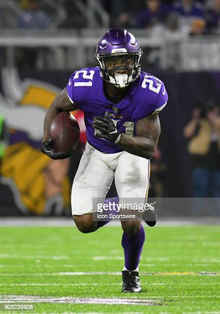 Minnesota Vikings running back Jerick McKinnon runs with the ball during a NFC Divisional Playoff game between the Minnesota Vikings and New Orleans...