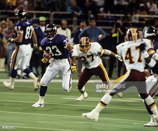 Minnesota Vikings running back Roger Craig carries the football and looks for room to run during the Vikings 247 loss to the Washington Redskins in...