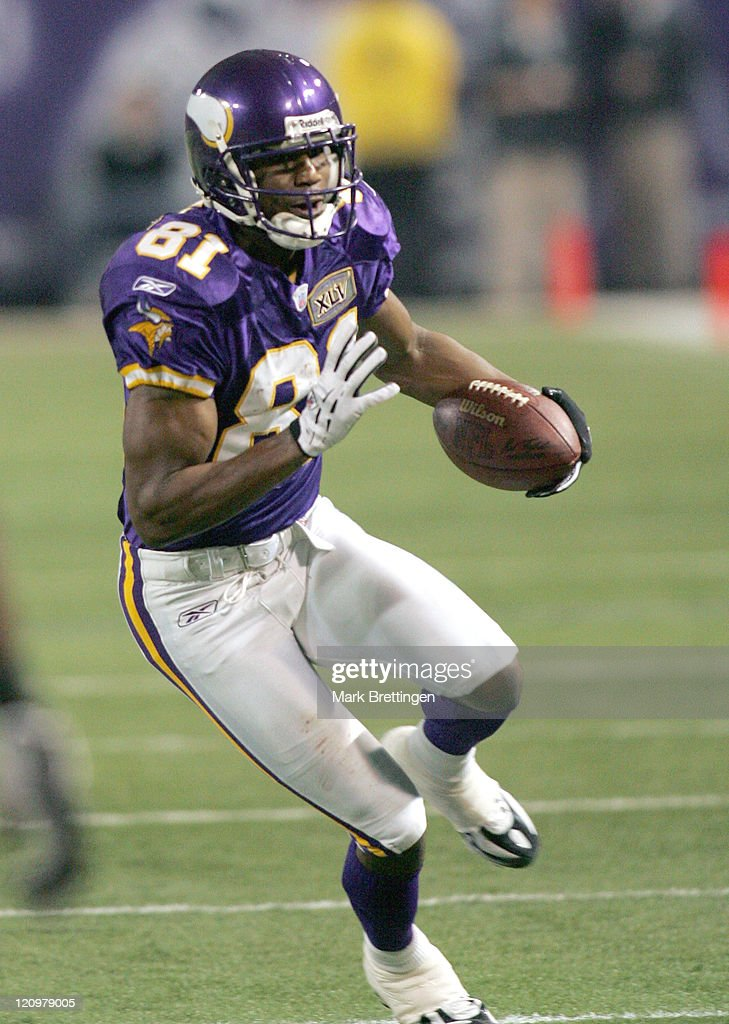 Chicago Bears vs Minnesota Vikings - January 1, 2006 : News Photo