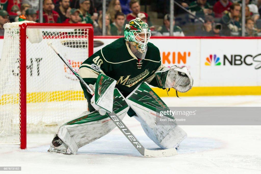 NHL: APR 12 Round 1 Game 1 - Blues at Wild : News Photo