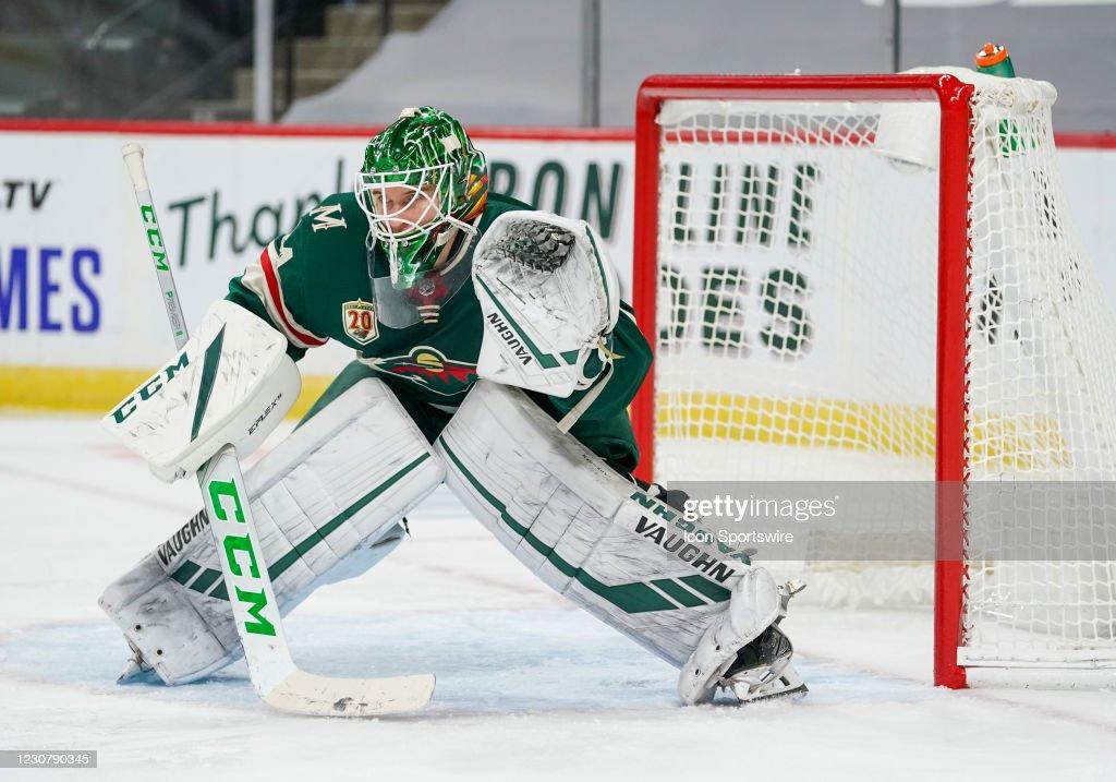 NHL: JAN 24 Sharks at Wild : News Photo