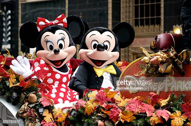 minnie and mickey mouse ride disney parks float - disney stock pictures, royalty-free photos & images