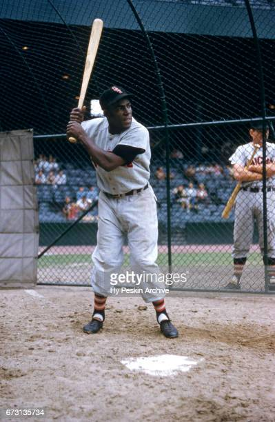 Minnie Minoso of the Chicago White Sox waits for a pitch during batting practice before an MLB game against the Detroit Tigers on August 12 1955 at...