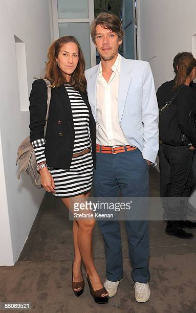 Minnie Mortimer and Steven Gaghan attend Michael Kohn Gallery on May 29 2009 in Los Angeles California