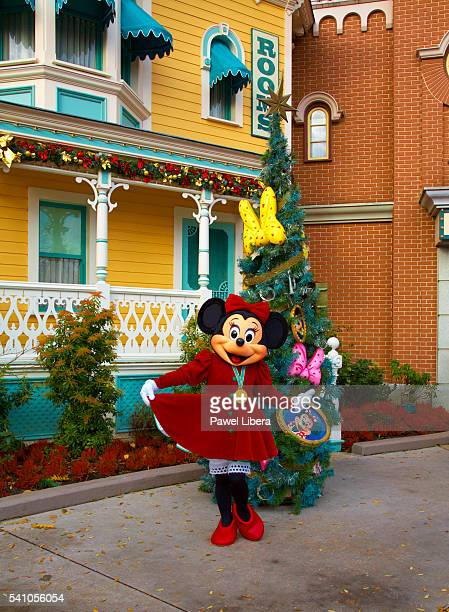 minnie mouse at christmas at disneyland paris - disney stock pictures, royalty-free photos & images