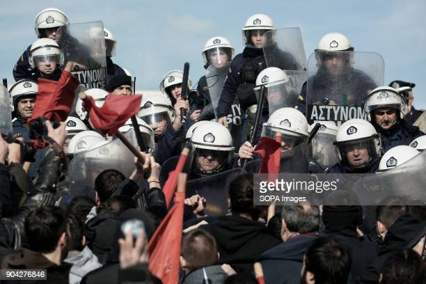 Minor clashes during the demonstration against the voting of the new Multibill of the third evaluation