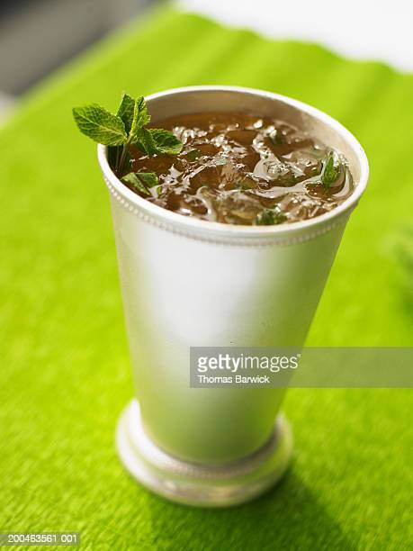mint julep, elevated view - mint julep stock pictures, royalty-free photos & images