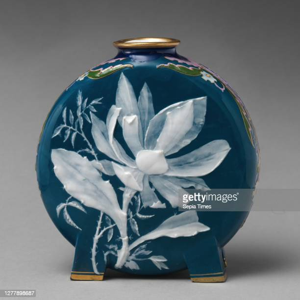 Minton, Moon flask with lily or floral motif , British, Stoke-on-Trent, Staffordshire, Minton British, Stoke-on-Trent, Staffordshire, Bone china...