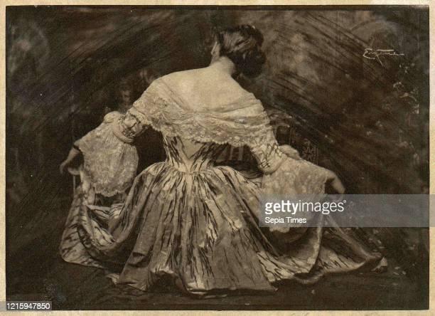 Minuet printed 1909, Photogravure, 12.7 x 17.7 cm , Frank Eugene .