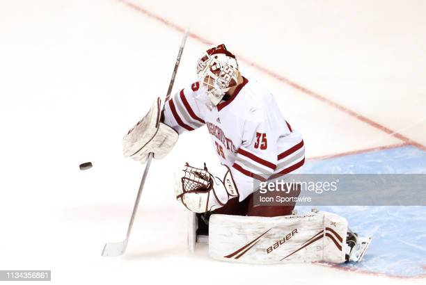 Minutemen goalie Filip Lindberg makes a save in warm up before the Northeast Regional final between the UMASS Minutemen and the Notre Dame Fighting...