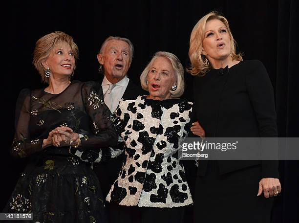 60 Minutes correspondent Leslie Stahl from left director Joe Schumacher gossip columnist Liz Smith and Diane Sawyer anchor for ABC News Inc World...
