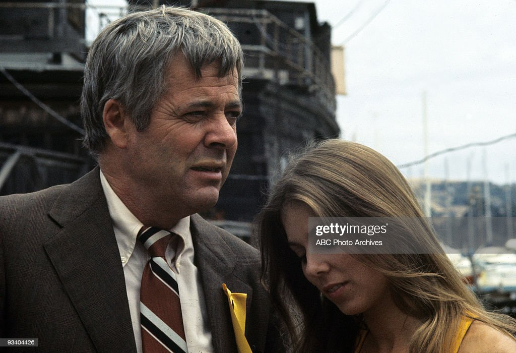 FRANCISCO - '45 Minutes from Home' - Season One - 10/7/72, A salesman wrongly believed that he was responsible for a female hitchhiker's death. William Windom (as Russell L. Rankin) and Jo Ann Harris (as Lita Brewer) guest-starred.,