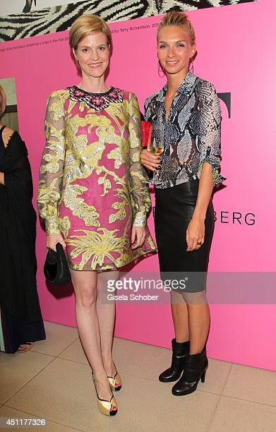 Minzi zu Hohenlohe and Kim Eberle attend the private dinner hosted by mytheresacom at Museum Brandhorst on June 24 2014 in Munich Germany