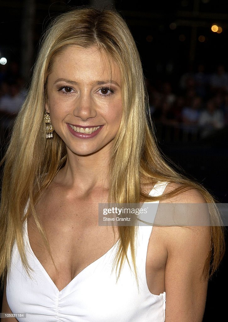 Mira Sorvino during 'Windtalkers' Premiere at Grauman's Chinese Theatre in Hollywood, California, United States.
