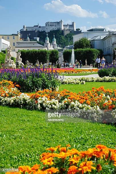 mirabellgarten em salzburgo - salzburgo - fotografias e filmes do acervo