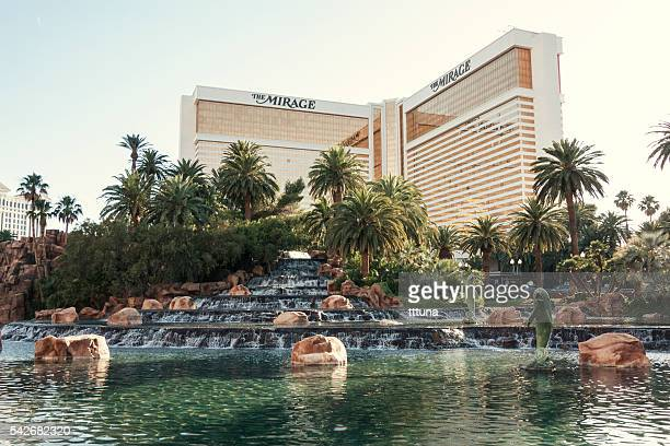 mirage hotel - the mirage las vegas stock pictures, royalty-free photos & images