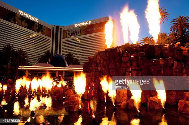 mirage hotel volcano - mirage hotel stock pictures, royalty-free photos & images