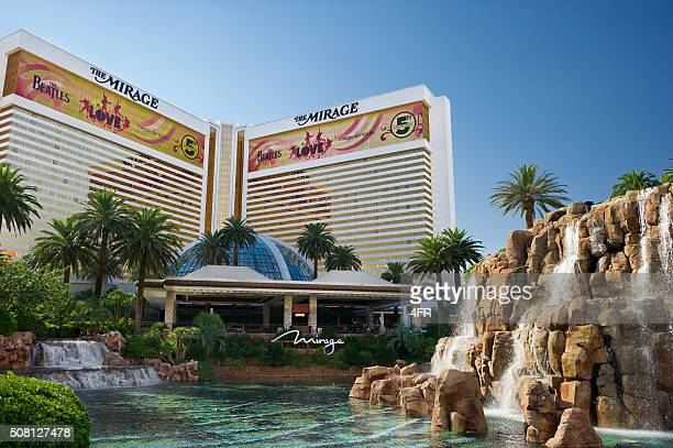 mirage, las vegas - mirage hotel stock pictures, royalty-free photos & images