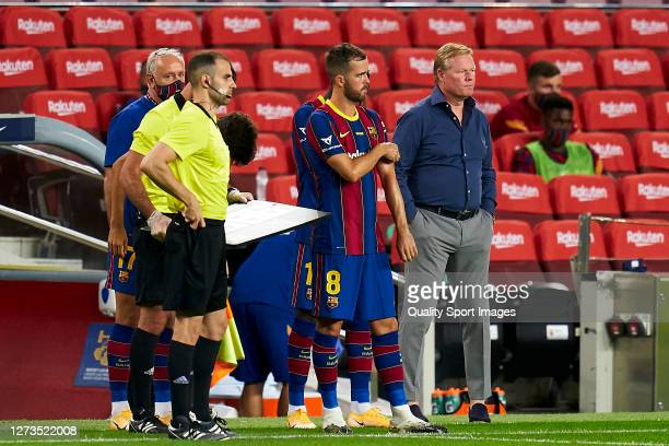 Miralem Pjanic and Ronald Koeman, head coach of FC Barcelona during the Joan Gamper Trophy match between FC Barcelona and Elche CF at Camp Nou on...