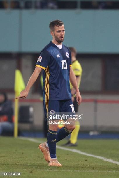 Miralem Pjanic of BosniaHerzegovina during the Uefa Nations League B Match between Austria and BosniaHerzegovina at Ernst Happel Stadion on November...