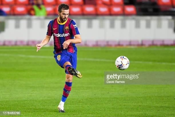 Miralem Pjanic of FC Barcelona controls the ball during the La Liga Santander match between FC Barcelona and Sevilla FC at Camp Nou on October 04,...