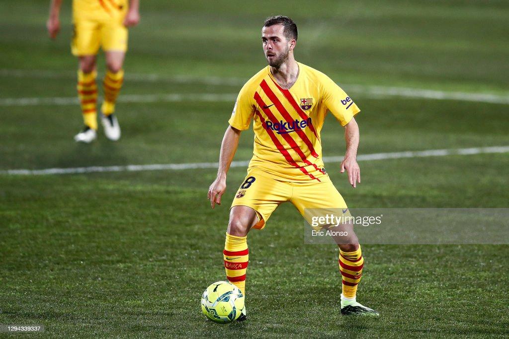 SD Huesca v FC Barcelona - La Liga Santander : News Photo