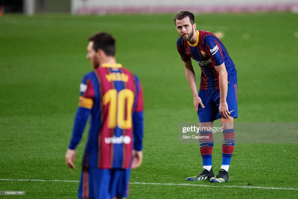 FC Barcelona v Elche CF - La Liga Santander : News Photo