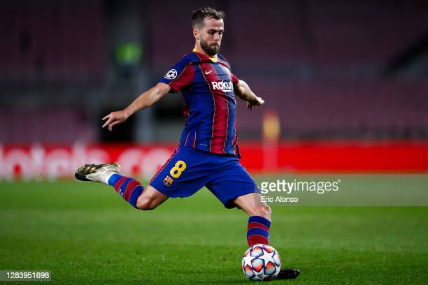 Miralem Pjanic of FC Barcelona pass the ball during the UEFA Champions League Group G stage match between FC Barcelona and Dynamo Kyiv at Camp Nou on...