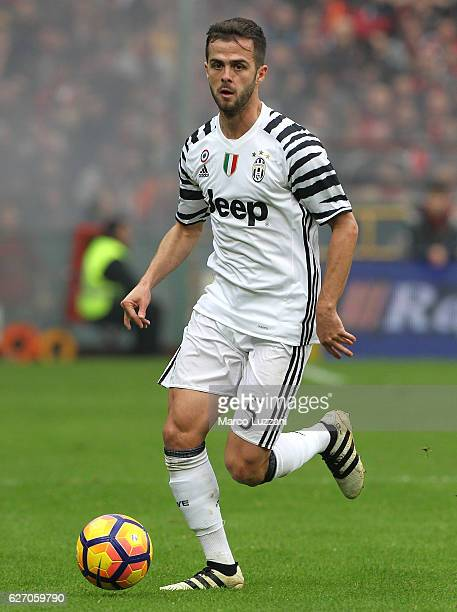 Miralem Pjanic of Juventus FC in action during the Serie A match between Genoa CFC and Juventus FC at Stadio Luigi Ferraris on November 27 2016 in...