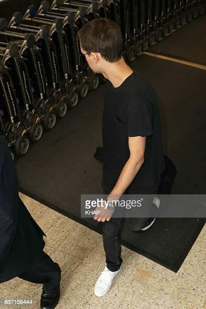 Miranda Kerr and fiance Evan Spiegel arrive into Sydney airport on December 29 2016 in Sydney Australia