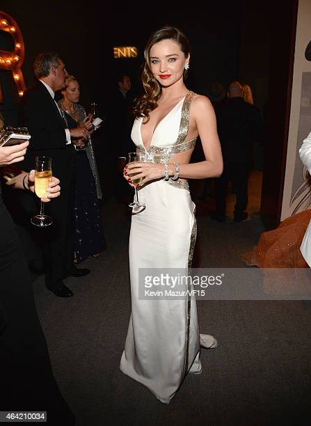 Miranda Kerr attends the 2015 Vanity Fair Oscar Party hosted by Graydon Carter at the Wallis Annenberg Center for the Performing Arts on February 22...