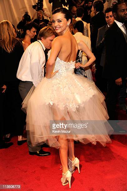 """Miranda Kerr attends the """"Alexander McQueen: Savage Beauty"""" Costume Institute Gala at The Metropolitan Museum of Art on May 2, 2011 in New York City."""