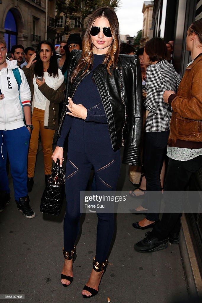 Miranda Kerr Attends the Sonia Rykiel show as part of the Paris Fashion Week Womenswear Spring/Summer 2015 on September 29, 2014 in Paris, France.