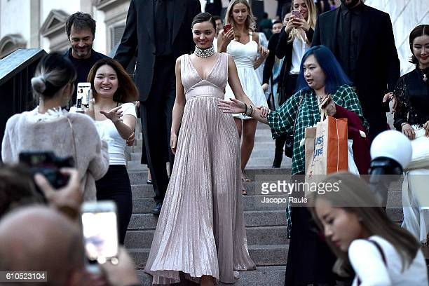 Miranda Kerr leaves the Koradior show during Milan Fashion Week Spring/Summer 2017 on September 26 2016 in Milan Italy