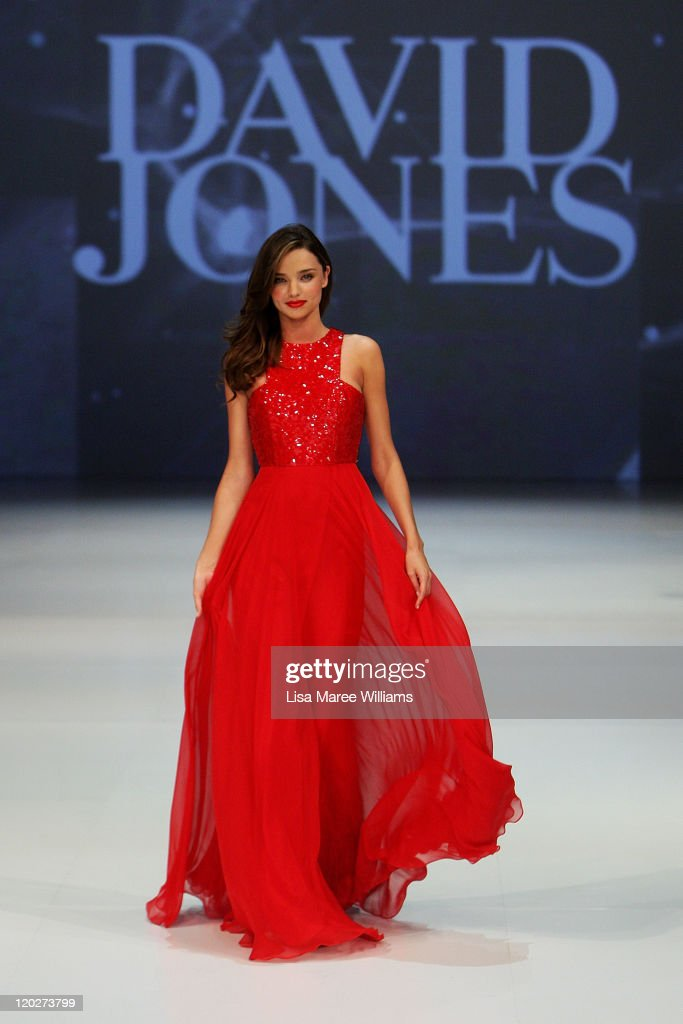 c1b6c2787e3 Miranda Kerr showcases designs by Alex Perry on the catwalk at the ...