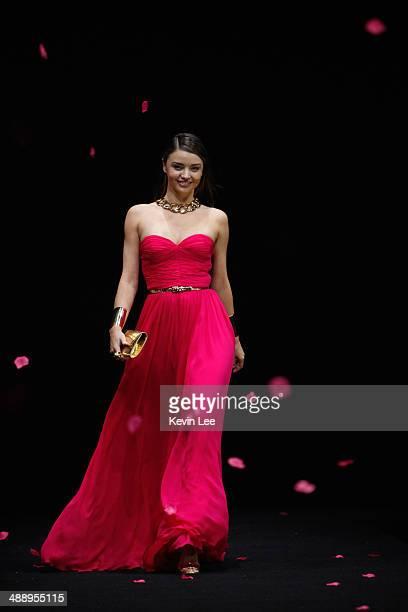 Miranda Kerr walks on catwalk at The Michael Kors Jet Set Experience fashion show on May 9 2014 in Shanghai China