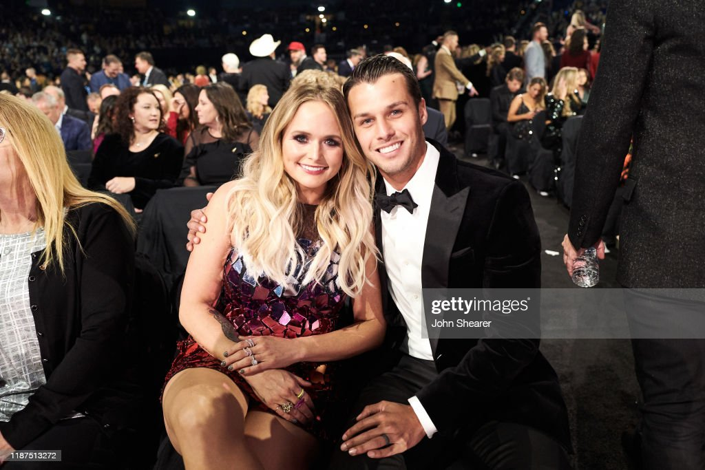 The 53rd Annual CMA Awards - Inside : News Photo