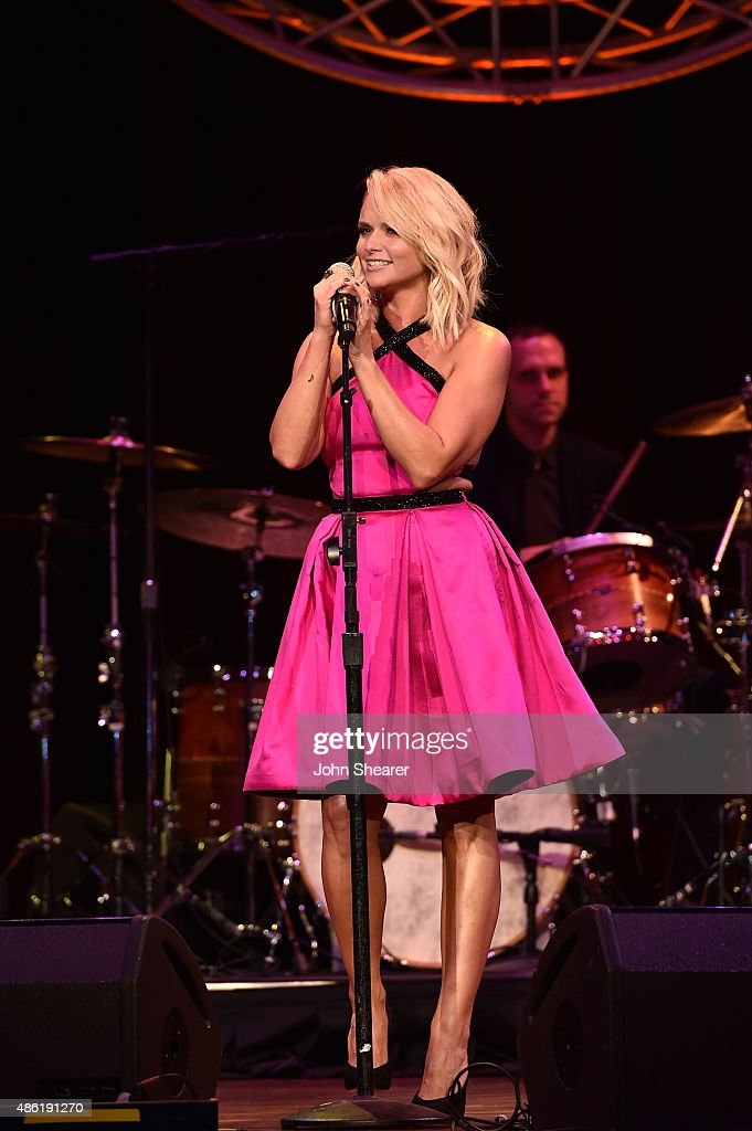 Miranda Lambert performs onstage during the 9th Annual ACM Honors at the Ryman Auditorium on September 1, 2015 in Nashville, Tennessee.