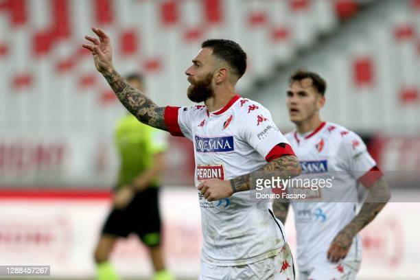 Mirco Antenucci of Bari celebrates after scoring the opening goal during the Serie C match between Bari and Catanzaro at Stadio San Nicola on...