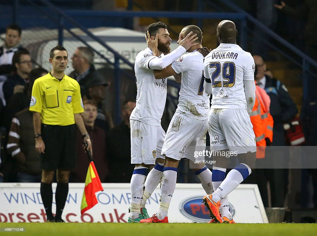 Mirco Antenucci of Leeds celebrates his goal with team mates during the Sky Bet Championship match between Leeds United and Derby County at Elland Road on November 29, 2014 in Leeds, England.