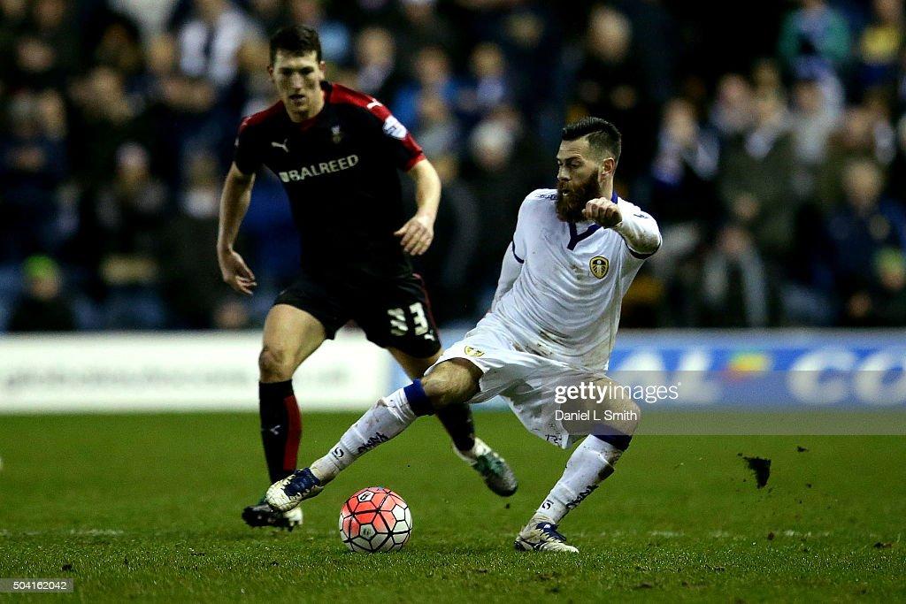Leeds United v Rotherham United - The Emirates FA Cup Third Round : News Photo