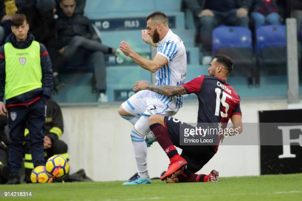 Mirco Antenucci of Spal and Leandro Castan of Cagliari during the serie A match between Cagliari Calcio and Spal at Stadio Sant'Elia on February 4...