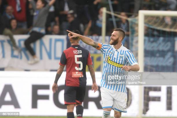 Mirco Antenucci of Spal celebrates after scoring the opening goal during the Serie A match between Spal and Genoa CFC at Stadio Paolo Mazza on...