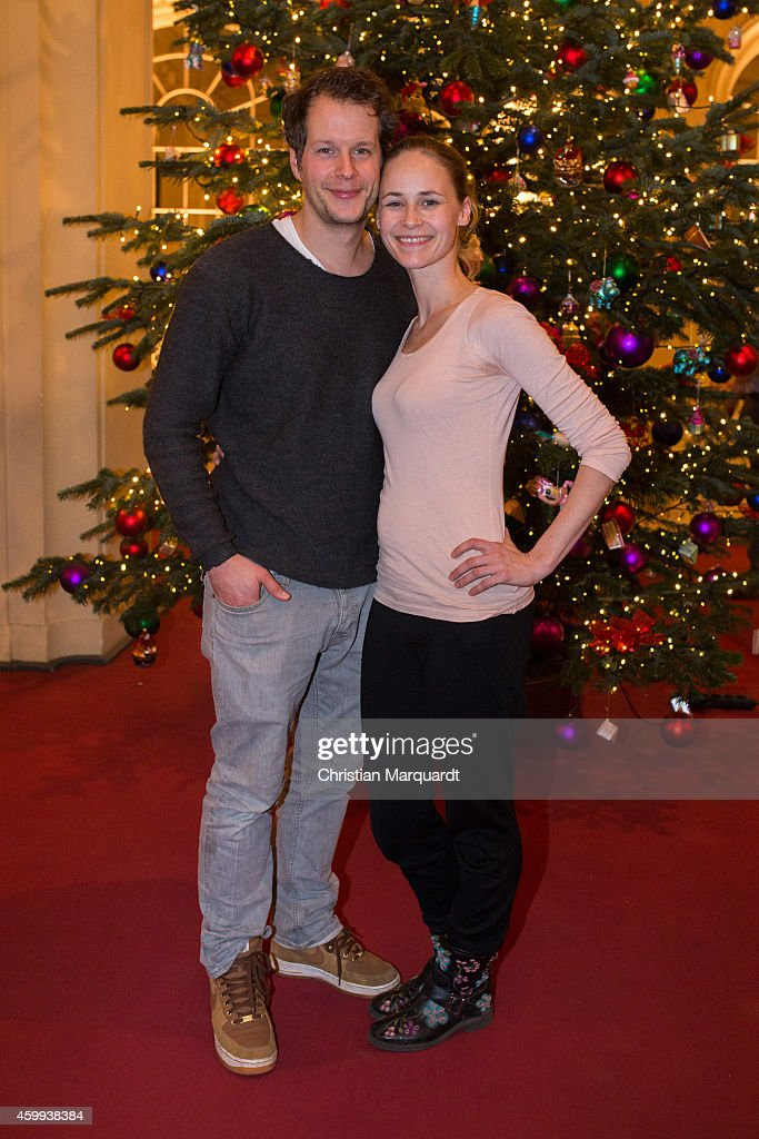 Mirco Lang and Inez David attend the 'Mein Mali' Book Presentation at Komische Oper on December 4, 2014 in Berlin. Photo by Christian Marquardt/Getty Images)